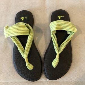 Women's sandals by Sanuk